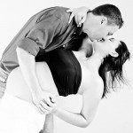maternity-pregnancy-couple-kissing-location-home-pretoria-johannesburg-photographer-georgina-voigt-photography